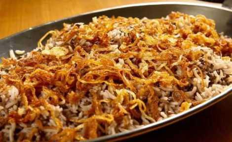arroz-com-lentilhas-e-cebolas
